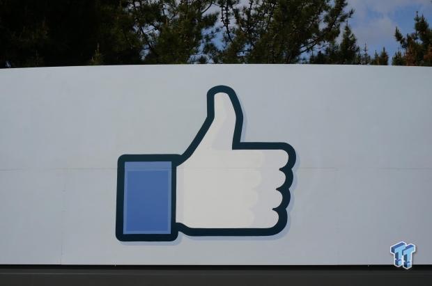44717_13_facebooks-latest-data-1-44-billion-people-facebook-each-month
